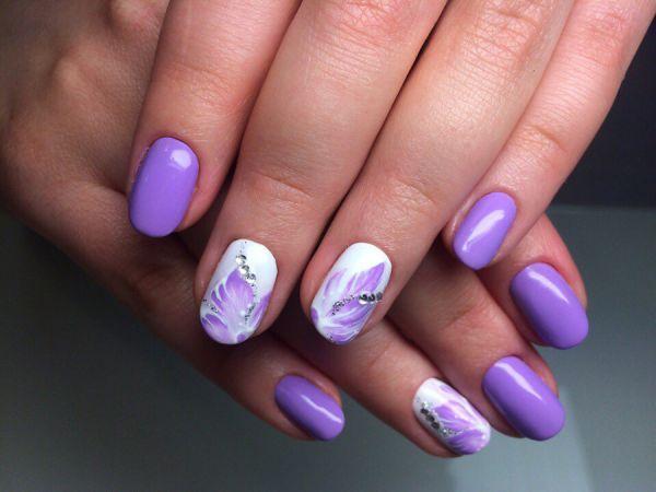 Фиолетовый маникюр дизайн